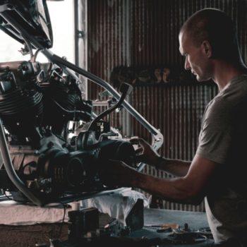 Artisan mécanicien