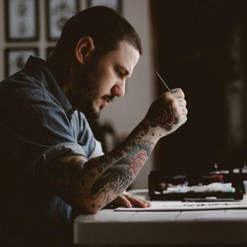 Artisan tatoueur